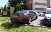 Egy Ford rendszáma volt a BMW-én, gyanúsított lett a sofőr