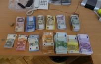 154 milliónyi forintot és valutát foglaltak le két illegális pénzváltónál Kanizsán