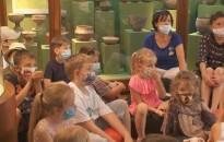 Újra gyerekek zsibongása verte fel a Thúry György Múzeum csendjét