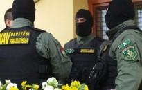 Ingatlanos bűnszervezetet számolt fel a NAV a Dunántúlon