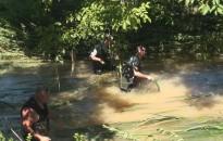 Csónakázó-tó: Horgászok próbálták menteni a halakat