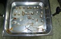 Három román több mint hárommillió forint értékű aranyat lopott Kanizsán