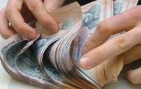 390 ezer forint volt a bruttó átlagkereset az első öt hónapban