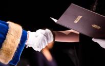 Több mint százezer új diplomást hozott a nyelvvizsgamentesség