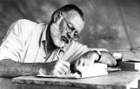 """Ernest Hemingway kiadott művei hemzsegnek a """"hibáktól"""""""
