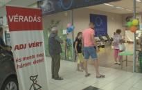 Retró véradó hetet tart a Vöröskereszt a Kanizsa Centrumban