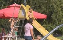 Strandolással telt a kiskanizsai iskolások Erzsébet-táborának utolsó napja
