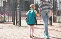 Gerincsebész: csökkenteni kellene az iskolatáska súlyát