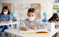 Koronavírus - Figyelik az óvodák, iskolák adatait