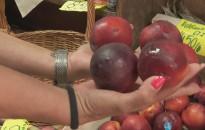 Az időjárás nem kedvezett a termelőknek, drágultak a gyümölcsök