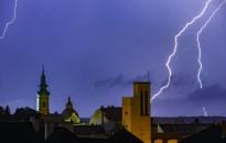 Zivatarveszély miatt adott ki figyelmeztetéseket a meteorológiai szolgálat
