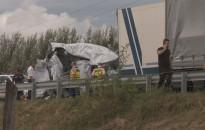Öt kamion és egy kisteherautó ütközött össze a csörnyeföldi pihenőnél