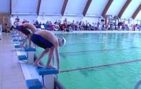 Évadzáró az úszóknál