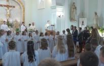 Elsőáldozás a Piarista-kápolnában