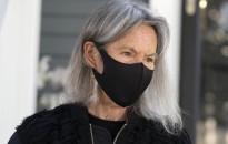 A magyar felmenőkkel rendelkező Louise Glück kapta az irodalmi Nobel-díjat