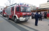 Tűzoltók megyeszerte az adventi vásárokon