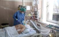 Koronavírus - Meghalt 98 beteg, 1311-gyel nőtt a fertőzöttek száma Magyarországon