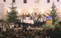 Jézus születésére emlékeztek az iskolások