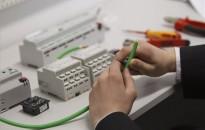 Korszerű villamosipari és elektrotechnikai tantermeket adtak át