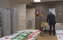82 településre juttatják el a választási hirdetményeket