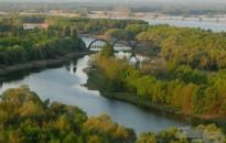 Négyszáz milliós élőhely-védelmi program indult a Balatonnál