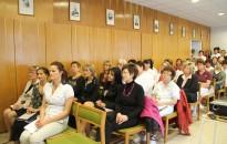 Magyar ápolók napja - Ónodi-Szűcs Zoltán: a kormány megbecsüli az ápolók munkáját