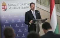 NGM államtitkár: öt éve folyamatosan nő a reálbér Magyarországon