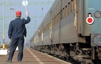 Munkanap-áthelyezés és ünnep miatti változások a vonatközlekedésben