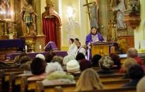 Nagyböjti lelkigyakorlat kezdődött az Alsóvárosi templomban