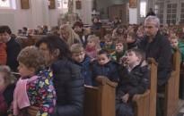 Ovisoknak tartottak hálaadó szentmisét a piaristák