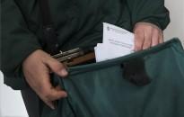 Novák: április közepéig kapják meg a nyugdíjasok a 10 ezer forintnyi Erzsébet-utalványokat