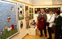 Foltvarrók kiállítása