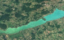 Kétnapos légi szúnyogirtás kezdődik a Balatonnál