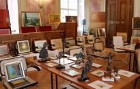 Egy napra a képzőművészetnek (is) otthont adott Zala megye törvényszéke