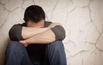 Anyagi problémákkal küzdő, harmincévesnél idősebb férfiaknál fokozza a depresszió kockázatát egy gén