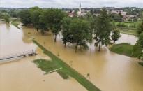 Viharkár a hirtelen lezúdult eső miatt Zalalövőn
