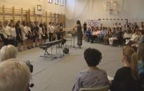 Elballagtak a Rozgonyi Úti Általános Iskola végzős diákjai