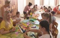 Diákok is munkában