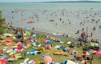 Még népszerűbb a Balaton a nagy melegben