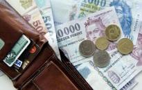 A cégek 37 százaléka módosítja stratégiáját a minimálbér és a garantált bérminimum emelése miatt