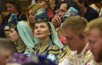 Kurultaj - Az Országházban nyílt meg a hagyományőrző seregszemle