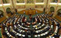 Rendkívüli ülést tart a parlament pénteken