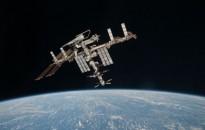Állatok vándorlását figyelő berendezéseket telepített űrsétáján két orosz kozmonauta