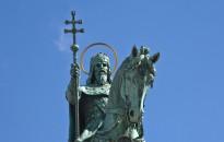 Szent István király a független magyar állam szimbóluma