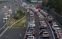 Már 11 éve emelkedik a hazai autópark átlagéletkora