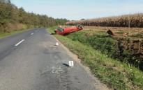 Autók az árokban, kerékpárost ütött el egy landroveres