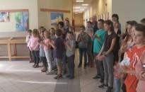 Korrelációk címmel nyílt kiállítás a Rozgonyi-iskola galériájában