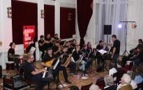 Telt házas jazz koncert Varga Dániellel