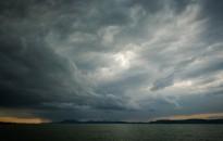 Vége a szezonális viharjelzésnek a tavakon, jövőre újítások lesznek a Balatonnál