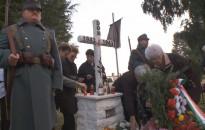 Tiszteletadással és főhajtással emlékeztek a doni hősökre